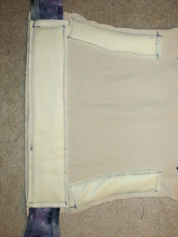 Fine and Fair: Padded Waist and Legs Out Padding for Table Cloth Mei Tai tutorial