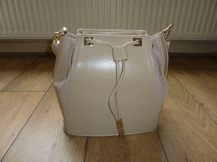 Beige Fashion Tote Duffle Bag Medium sized bag BNWT