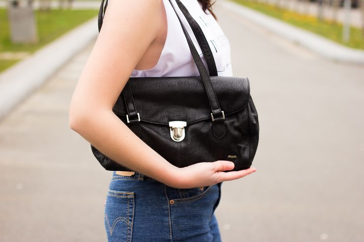 Picard for you. Shop your vintage leather bag @ www.myfavouritemusthaves.com