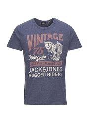 Jack & Jones Runner 149,-kr.    Vuuh.dk