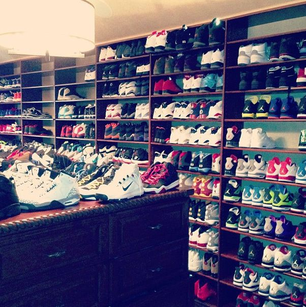 Here Is A Look At Mr Chris Pauls Sneaker Closet Which Pretty Craaazy Peep The Full Image Of H C Loset He Shared With U