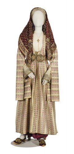 Γιορτινή φορεσιά με «καβάδι». Κως, 19ος αιώνας