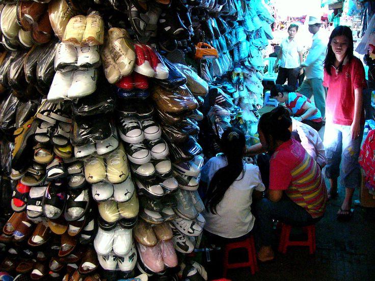 central-market-shoes.jpg (1600×1200)