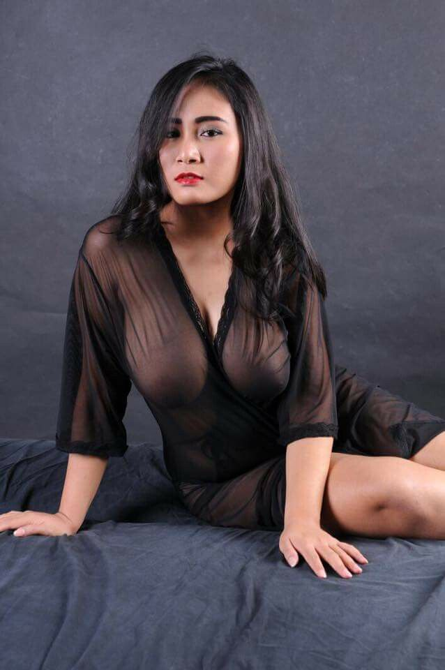 Naked supermodel indonesia — pic 1
