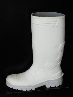Botas de agua blancas de seguridad Escarcha. Botas aislantes, resistentes y con puntera metálica.     Ver descripción haciendo clic en la imagen.