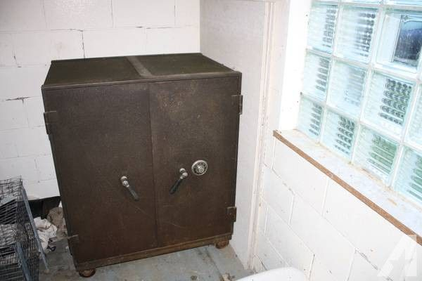1940s 50s Mosler Safe For Sale In Wellsville New York