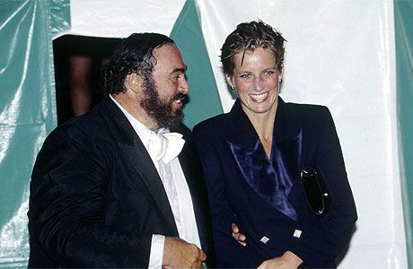 Wonderfully warm photo of ......Princess Diana & Luciano Pavarotti drenched from the rain in Hyde Park, 1991.