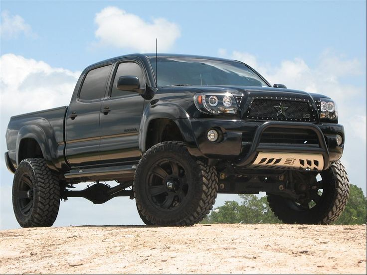 lifted 4x4 | ... Lifted Blacked Out Grill Pro comp 6 inch ...