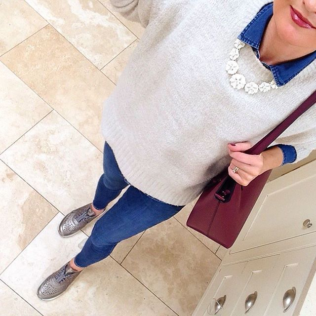 Metallic Nike Air Max Theas, denim shirt and jeans, burgundy tote, light grey oversized Zara sweater and H&M white flower necklace. #necklace #hm #trainers #nike ##metallic #airmaxtheas #oversized #jumper  #zara #bag #primark #penneys #ootd #lotd #wiwt #outfitdaily #whatiwore #lookoftheday #outfitoftheday #metoday #mystyle #mylook #casualstyle
