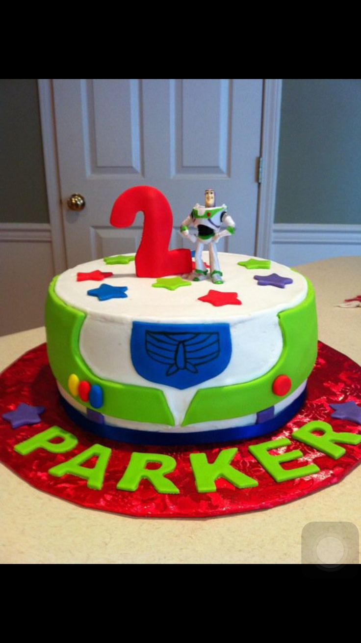 Toy story/buzz light year cake