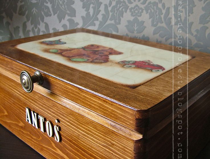 wooden box decoupage technique