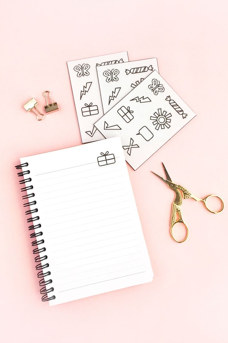DIY Transparent Planner Stickers - Maritza Lisa - A tutorial showing you how to use clear sticker paper to make stickers for your journal - Silhouette Cameo Project - How to make planner stickers