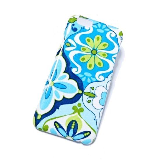 ブルーとグリーンを基調とした花柄がとても涼しげです。いつも持ち歩く大事な携帯 自分好みに変身させてみませんか?               ●カラー:フラワータイル柄●サイズ:iPhone6/6s用●素材:ポリカーボネート製ケース 布●注意事項・コーティング、防水加工を重ねていますが完全防水ではない為、濡れた場合はなるべく早く拭き取る様お願いします。 ・装着の際ストレスを感じない様布はケースの縁のギリギリでカットしています。 ・剥がれにくくなるよう制作していますが脱着はじゅうぶん気を付けて下さい。・ 本体ケースの色はホワイトとクリアの2色ありますが、ケース購入の際異なってしまう為、お客さまの方で本体ケースの色指定は出来ませんのでご了承下さい。●作家名:cloud*9スマホケース/カラフル/かわいい/人気/カバー/ おしゃれ/ アイホン6/ アイフォン6/携帯電話/iPhone6s iPhone6/可愛い/個性的/北欧/オシャレ【配送】ゆうパック(保証・追跡サービスあり)レターパック(保証なし・追跡サービスあり)定形外郵便物…