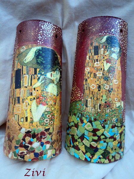 """tejas medianas decoradas con las imágenes de famoso cuadro de Klimt """"El beso""""  perfectas para cualquier rincón de nuestra casa Envió por correo (..."""