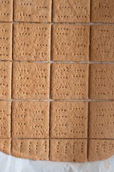 Gluten Free Graham Crackers {Sweet Treats: a baking blog}