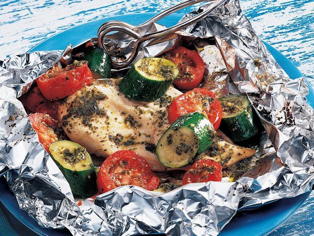 Grilled Pesto Chicken Packs / http://www.bettycrocker.com/recipes/grilled-pesto-chicken-packs/93ef5089-819d-4432-9265-0ff0aa58ac0e?nicam2=Email=Core=DME=DME_07_22_2012_Control