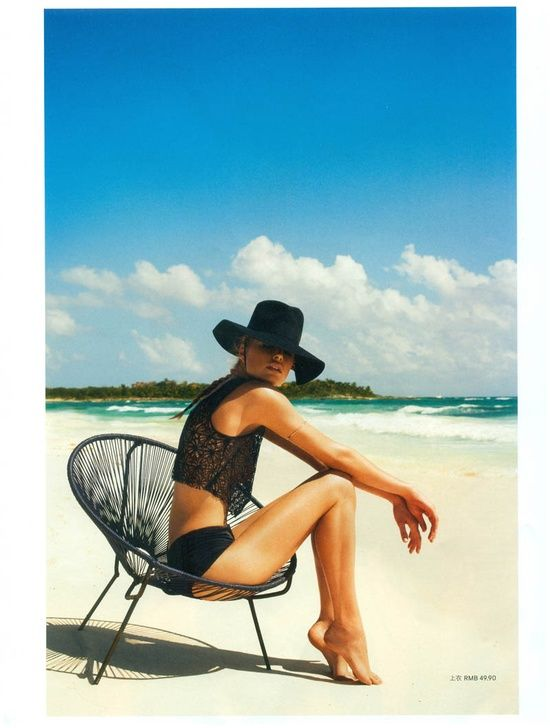 I love a floppy hat at the beach! Getting without the squinting!