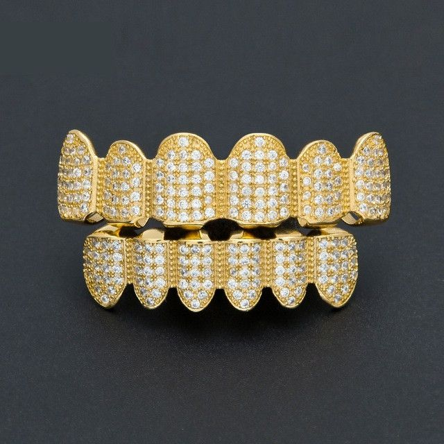 [FULL SET] LUXURY GOLD ICED OUT DIAMOND GRILLZ