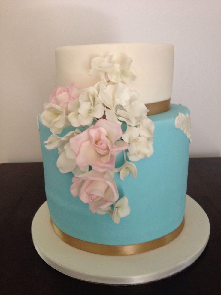 Vintage wedding cake # brownsugarcakes.com.au