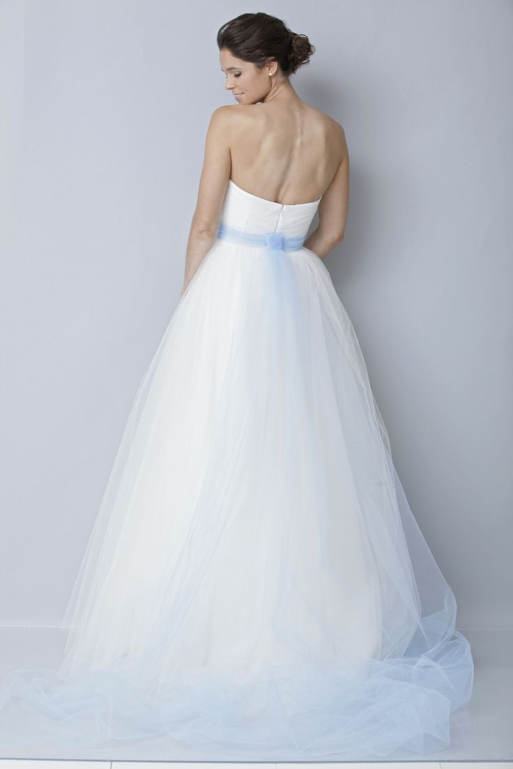 10 best Prom Dresses images on Pinterest   Short wedding gowns ...
