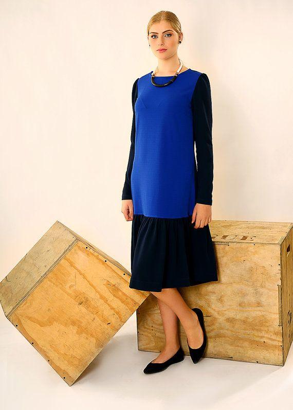 Oversized jurk medio lengte jurk blauw losse jurk door TAMARLANDAU