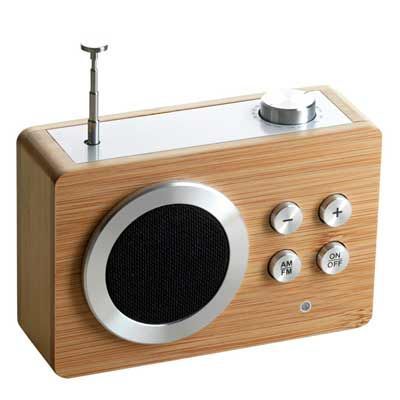 Little FM/AM radio with 'chic' bamboo cover