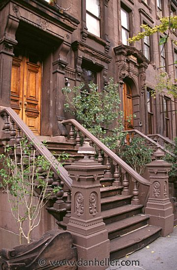 I Met My Wife On A Nyc Stoop On A Warm August Night