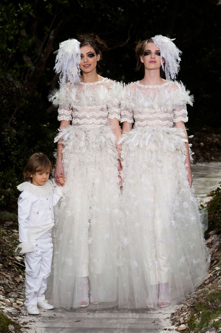 Chanel bridal couture 2013