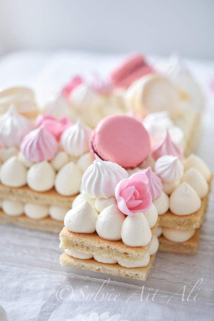 Kuchen in Form von Zahlen oder Buchstaben sind derzeit der letzte Schrei auf der Leinwand …   – Layer cake