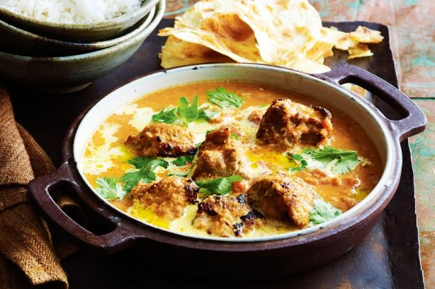 250g natural yoghurt 2 tbs tandoori paste 1 tbs lemon juice 750g chicken thigh fillets, roughly chopped 1 onion, roughly chopped 3cm piece of ginger, grated 1 green chilli, seeds removed, chopped 6...
