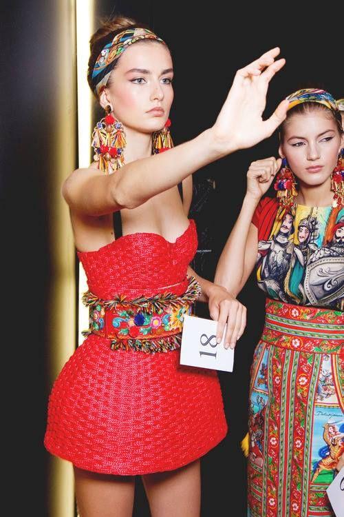 Pretty Romanian fashion