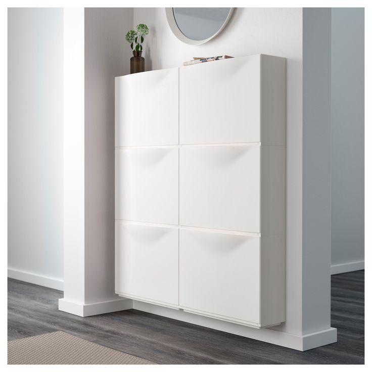 IKEA - TRONES, Skrinka na topánky, , Táto plytká skrinka zaberie málo miesta a skvele sa hodí na uskladnenie topánok, rukavíc a šálov.Ak váš úložný priestor potrebuje zmenu, môžete ho zväčšiť naskladaním niekoľkých skriniek na seba alebo ich uložením vedľa seba.Na vrchu skrinky sa nachádza zapustená zóna, kam si môžete umiestniť drobnosti ako kľúče, mince a mobilný telefón.Keď chcete skrinku vyčistiť zvnútra, dvierka dáte jednoducho dole.
