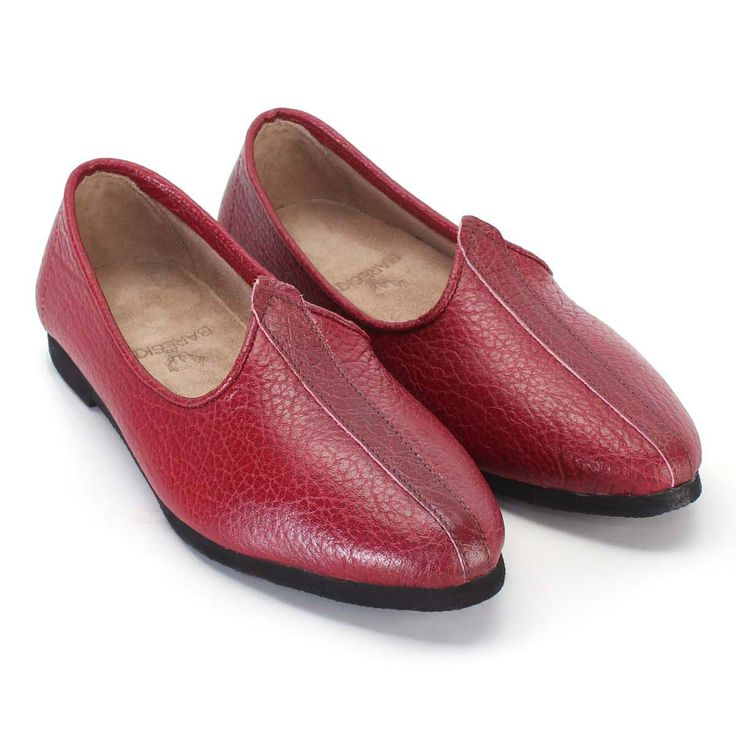Buy online #RED 100% GENUINE LEATHER #JALSA#JUTTI FOR MEN @ voganow.com for Rs.799/-