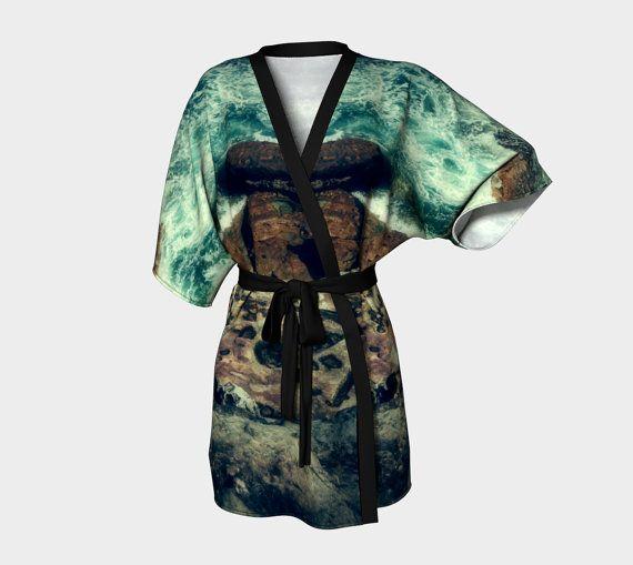 Sturm Und Drang Stormy Sea  Kimono Vestaglia  di DeathsAmoreCloth