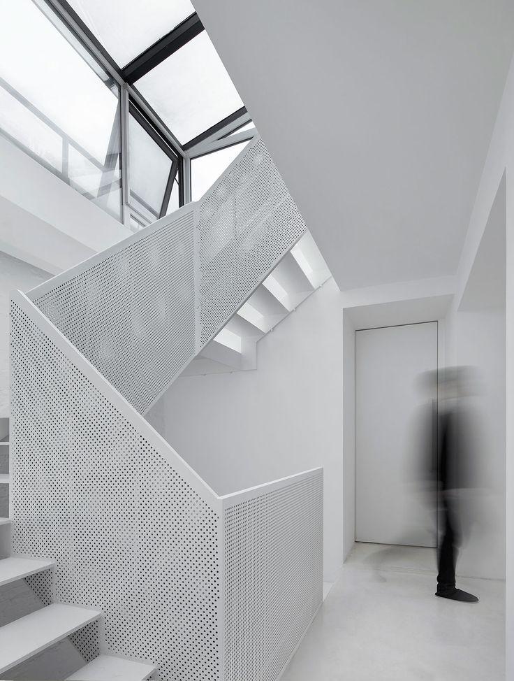 Xinsi Hutong House Renovation in Beijing by Arch Studio. Photo by Xia Zhi. https://www.yatzer.com/xinsi-hutong-house-archstudio