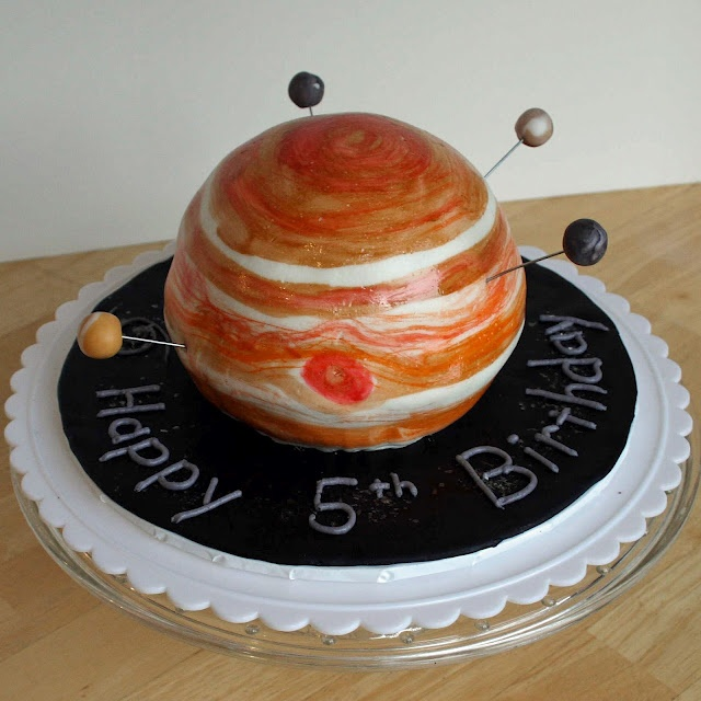 Jupiter cake for my little astronaut