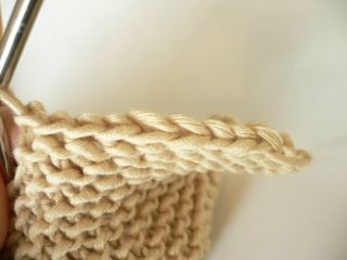 Easy-to-follow directions for multiple ways to bind or cast off a finished knit project.  (I had no idea there were so many different methods-some are stretchy-good for necklines, one mimics the cast on edge--good for blankets, and others are decorative.)   [Find more of Aunt Ruth's favorite knitting tech pins at https://www.pinterest.com/yrauntruth/fiber-knit-techniques-tutorials/ ]
