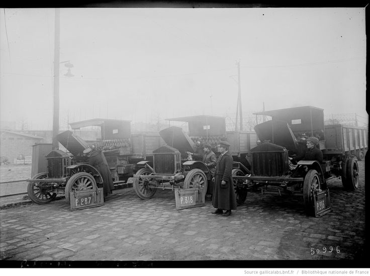 Cliché l'Auto [femme chauffeur de camion à Paris] : [photographie de presse] / [Agence Rol]