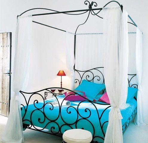 siyah yataklar için şık 2012 model beyaz renkli ince tül cibinlik modeli