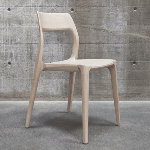 November Chair is a minimal design created by Sweden-based firm Veryday. Björn Jakobson, the founder of BabyBjörn and the man behind Artipelag, approached Veryday only eight months prior to the opening of the art center, with the request to design a chair with the potential of becoming a furniture classic. Take away three months for testing, production and shipping of the chairs, and it sounds like just another day at Veryday. (5)