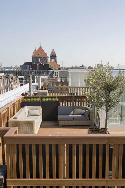 Dakterras.nl, stel uw eigen dakterras samen, kies uit een dakhuis, dakluik, trap, vergunning en meer.