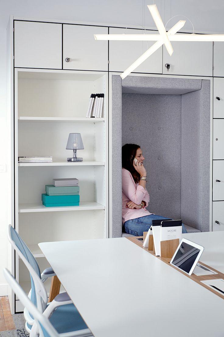Ampoule laureen luhn design graphique - L Espace De Co Working Mur De Casiers