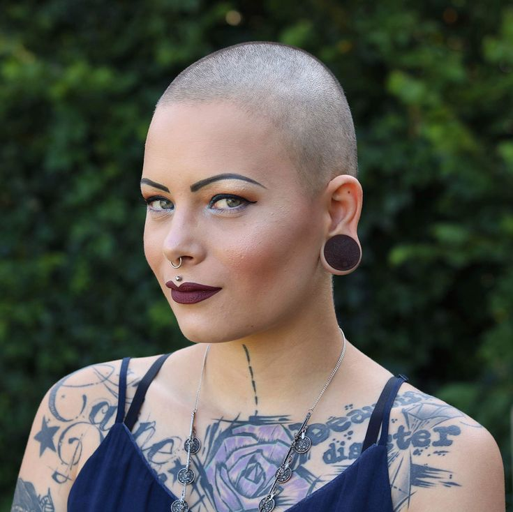 russell-brands-shaved-head