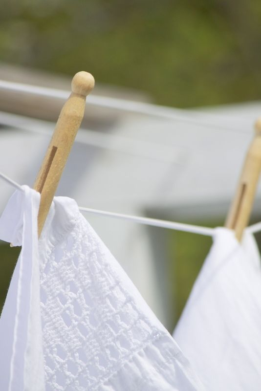.Clotheslines, White, Clothing Hung, Linens Smells, Fresh Laundry
