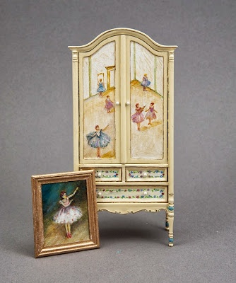 Good Sam Showcase of Miniatures: At the Show - Paintings, Furniture & Accessories