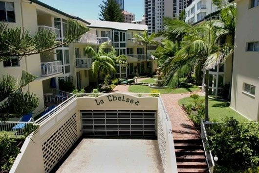 Le Chelsea Holiday Apartments - Family Resorts  & Accommodation in Surfers Paradise.