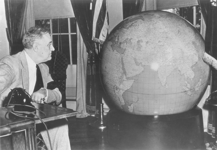President Roosevelt and his identical globe, 1942, - In December 1942 U.S. Army Chief of Staff George Marshall, sent identical fifty-inch, 750-pound globes to Churchill and Roosevelt as Christmas presents