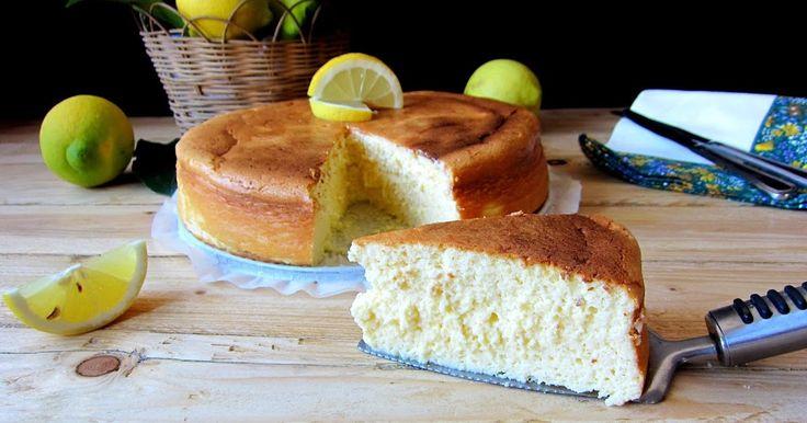 Después de disfrutar del rollo de carne no podía faltar el postre, así que ese día preparé también una mini tarta como esta con los ingredie...