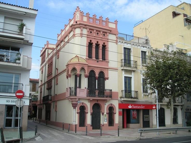 Casa sensat pag s 1905 pere andreu el masnou for Horario oficinas banco santander barcelona