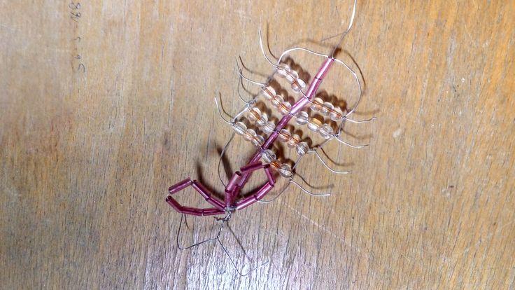 brouk z korálků a drátku / beetle - beads and wire